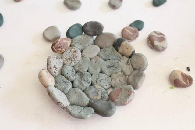 1 viên sỏi đất sét nên có đường kính từ 1 đến 2,5 cm là tối đa