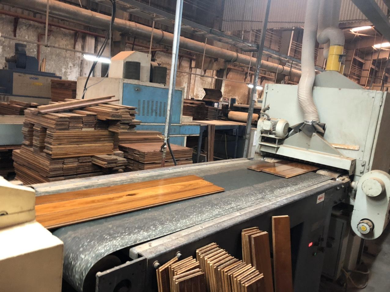 Kho sản xuất sàn gỗ tại Lâm Đồng